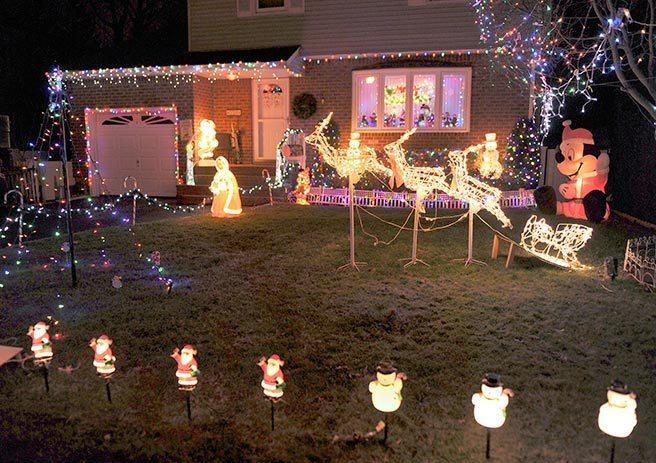 A spectacular display on 220 Garden St.