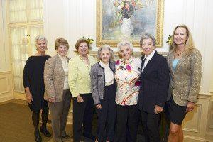 Left to right: Sandy Garfunkel, Nancy Lane, Jane Schwartz, Joan Saltzman, Lucille Kantor, Dorothy Greene and Jo-Ellen Hazan